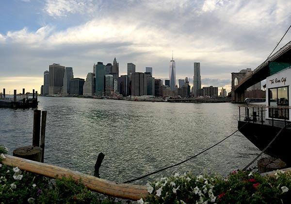 A_Love_Shared_Manhattan_Sunset